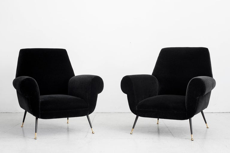 1960s Italian Club Chairs In Good Condition For Sale In Los Angeles, CA