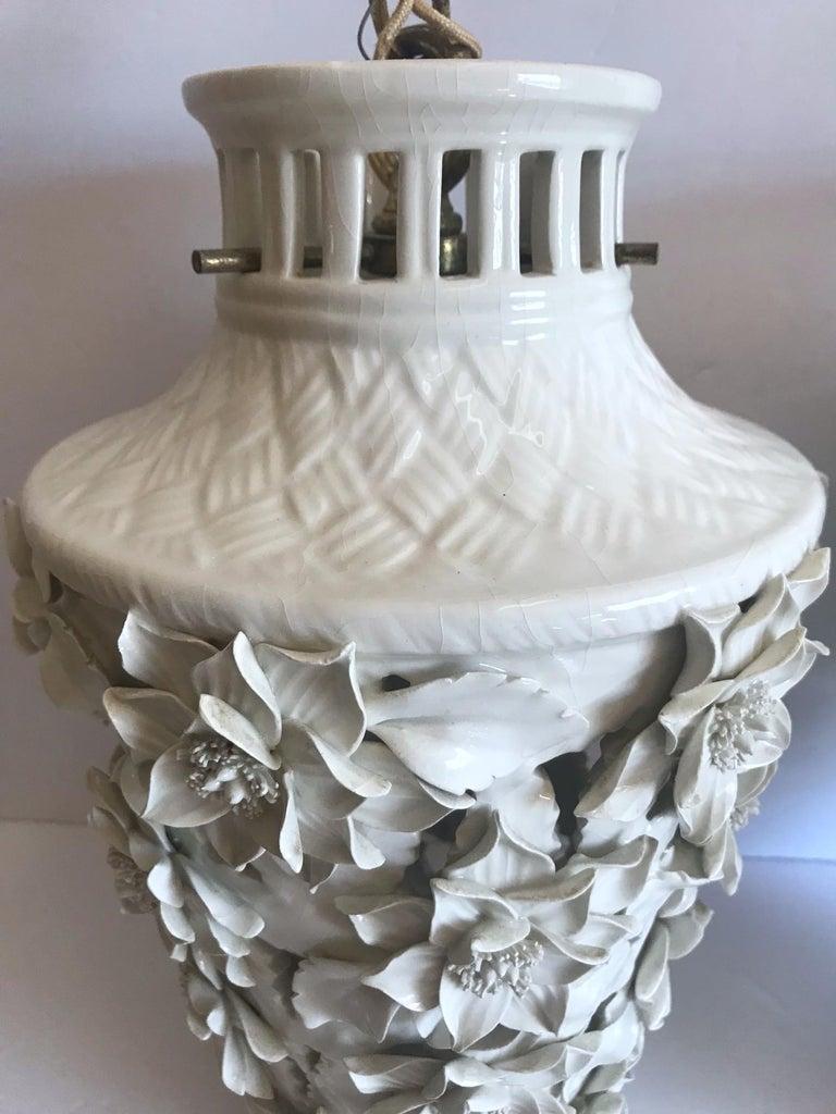 1960s Italian Hollywood Regency Ceramic Floral Pendant Lights For Sale 4