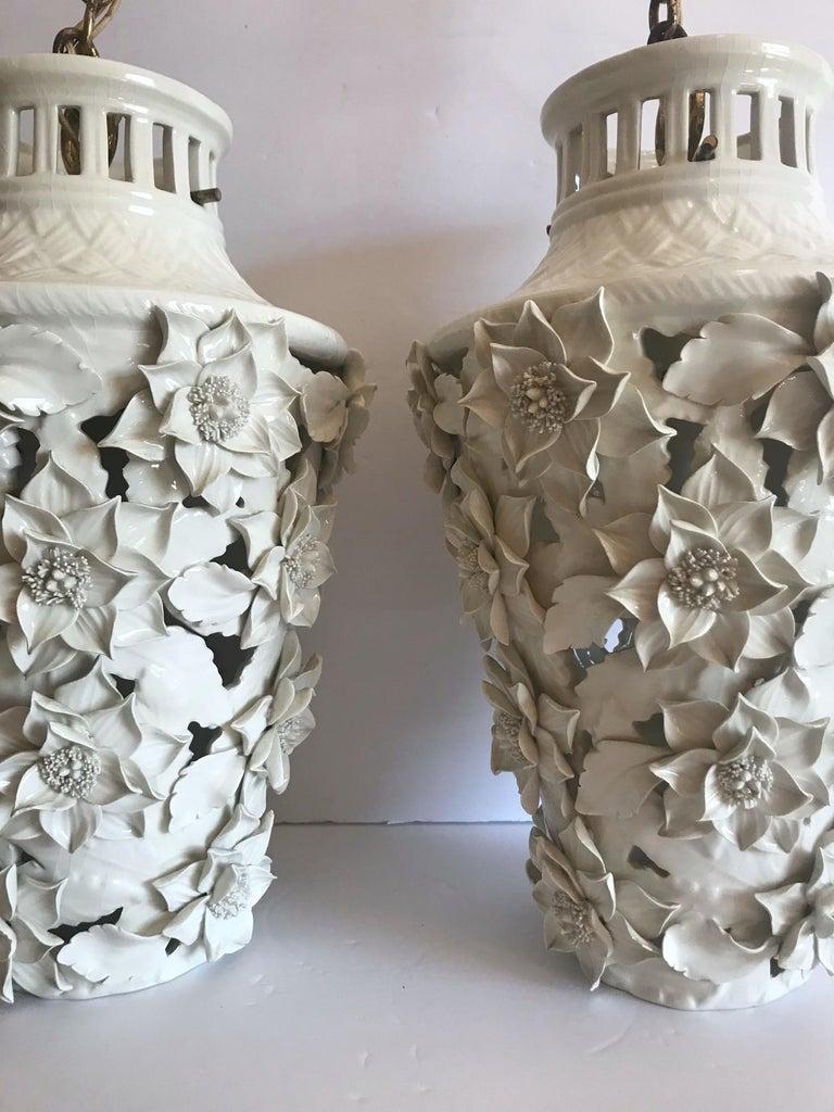 1960s Italian Hollywood Regency Ceramic Floral Pendant Lights For Sale 1