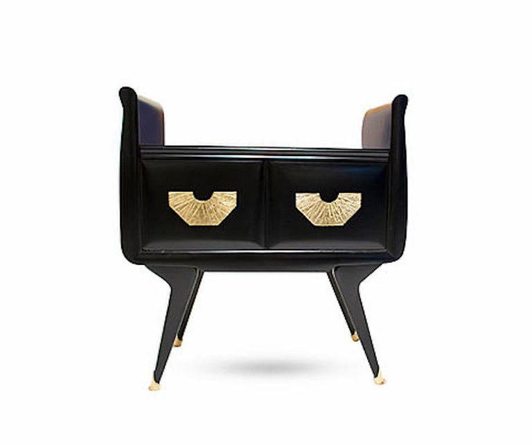 1960s Italian Mid-Century Modern Teal Blue & Black Lacquer Pair of Nightstands In Excellent Condition For Sale In New York, NY