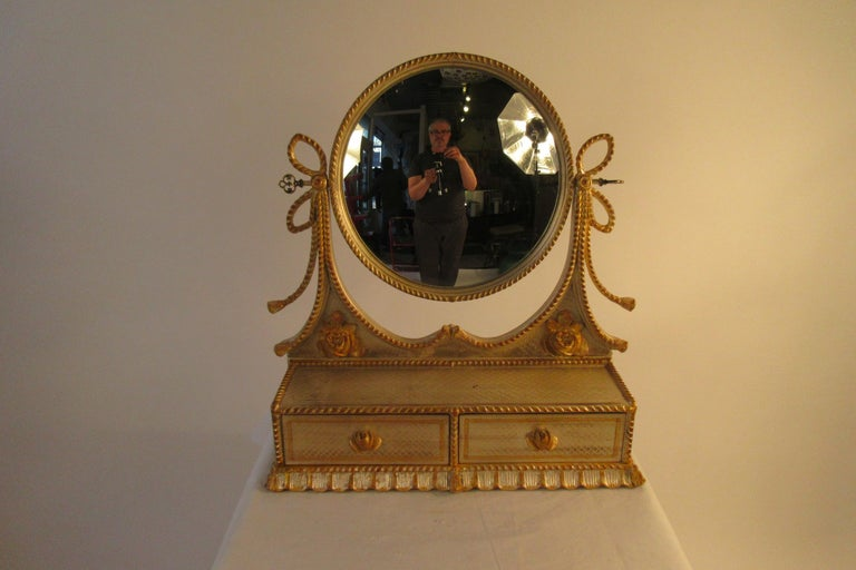 1960s Italian Silver and Gold-Painted Vanity Mirror In Good Condition For Sale In Tarrytown, NY