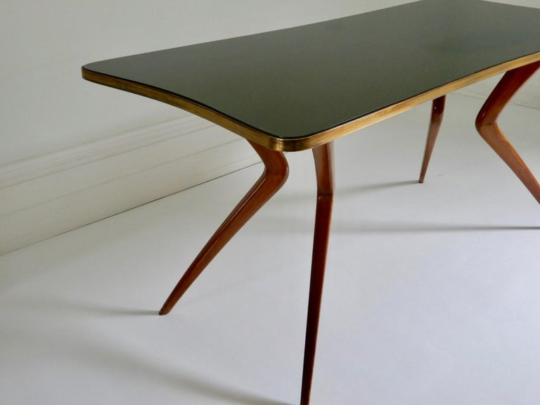 1960s Italian Table with Wood Legs and Green Glass Tabletop In Good Condition For Sale In London, GB