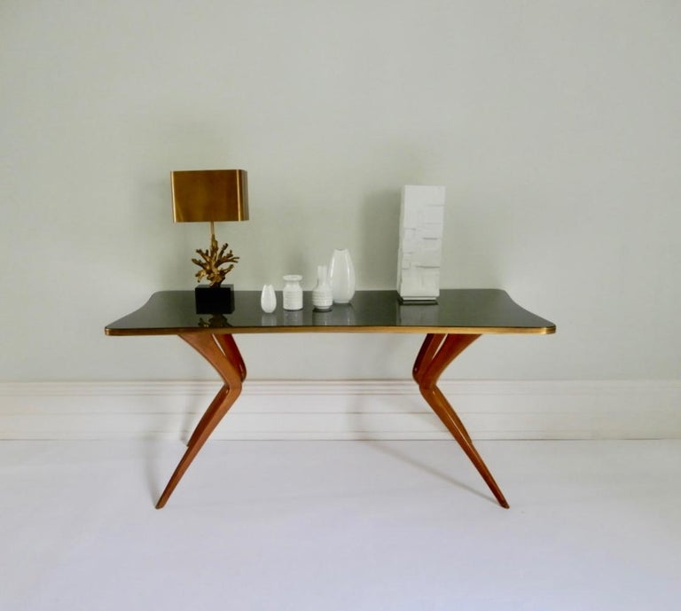 1960s Italian Table with Wood Legs and Green Glass Tabletop For Sale 3