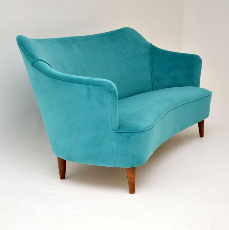 1960s Italian Vintage Cocktail Sofa or Loveseat In Good Condition In London, GB