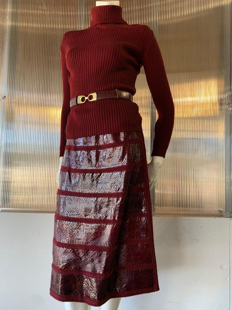 1960s J. Tiktinr 2-Piece Knit Turtleneck Sweater & Snakeskin Skirt In Cranberry  For Sale 7