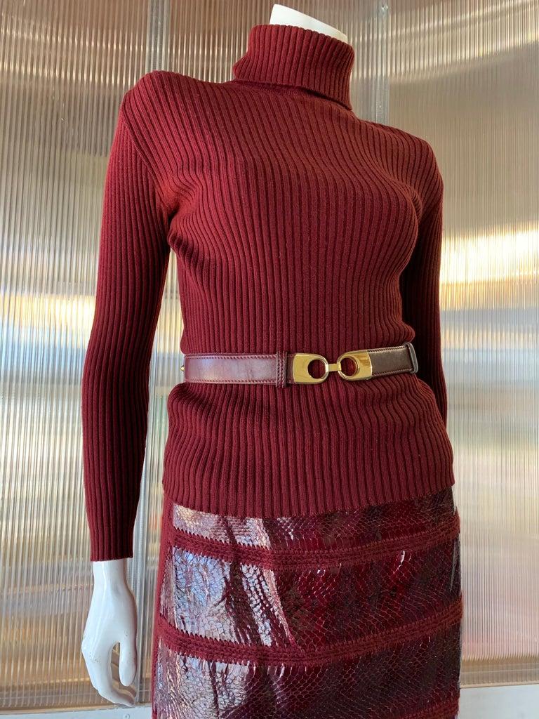 1960s J. Tiktinr 2-Piece Knit Turtleneck Sweater & Snakeskin Skirt In Cranberry  For Sale 9