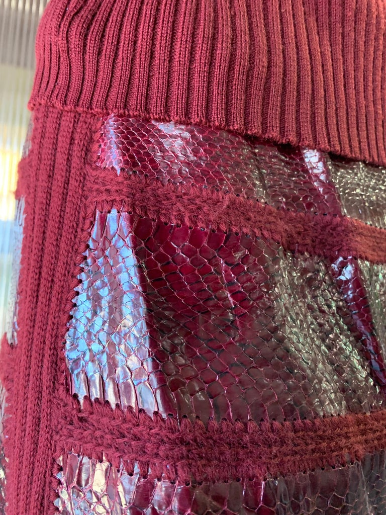 1960s J. Tiktinr 2-Piece Knit Turtleneck Sweater & Snakeskin Skirt In Cranberry  For Sale 3