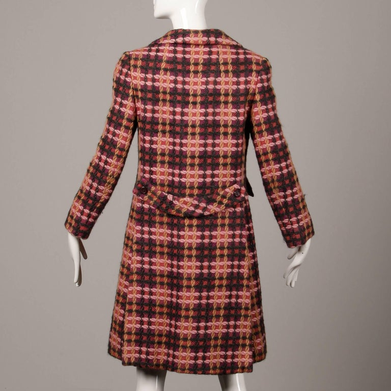 1960s Jack Feit for Nan Duskin Vintage Pink Plaid Heavy Wool Coat For Sale 2