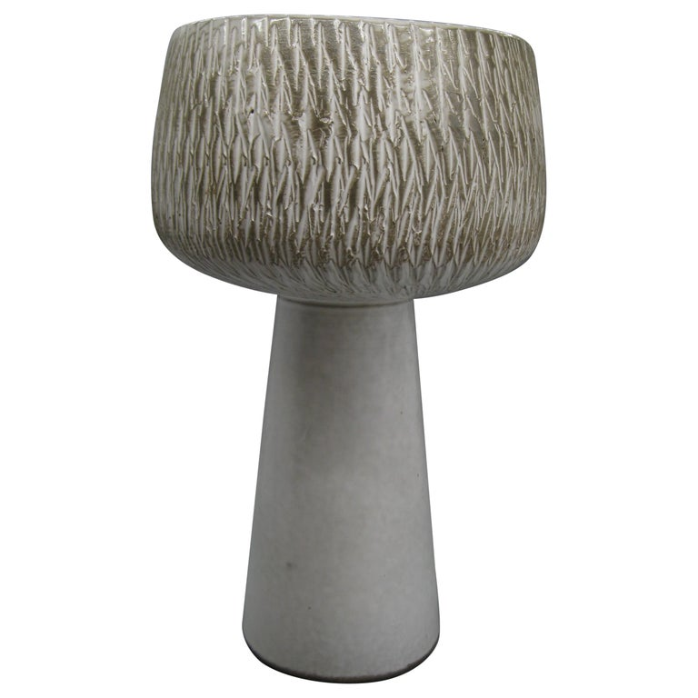 1960s Japanese Modernist Ikebana Ceramic Pottery Sgraffito Pedestal Vase Vessel For Sale