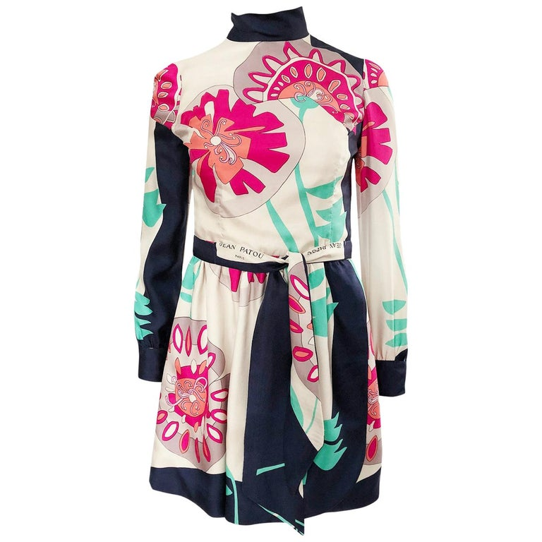 1960s Jean Patou Couture Signed Scarf Print Silk Twill Mini Dress For Sale