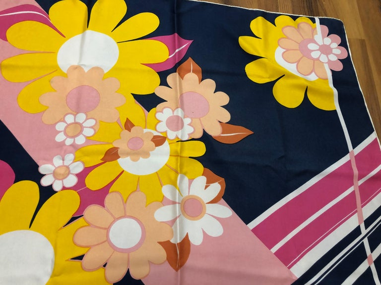 1960s Jean Patou Daisy and Stripes Silk Scarf 29x30 In Good Condition For Sale In Port Hope, ON
