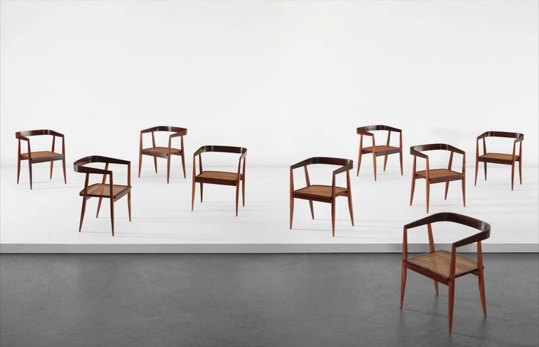1960s Joaquim Tenreiro Brazilian Dining Chairs in Rosewood Set of Nine  In Good Condition For Sale In Belo Horizonte, Minas Gerais