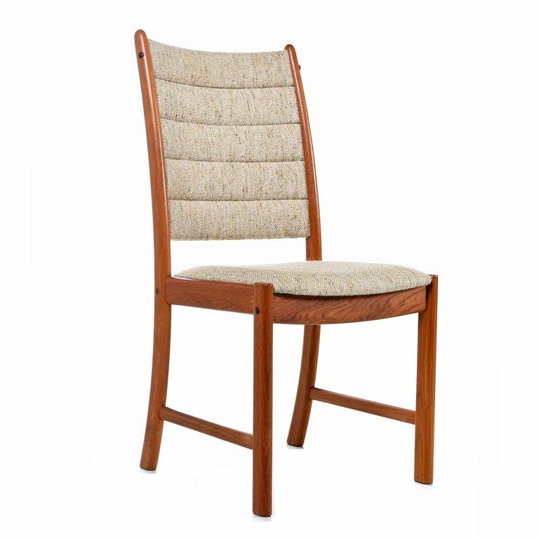 Scandinavian Modern 1960s Johannes Andersen Teak Dining Chairs 7171 for Uldum Møbelfabrik Set of Six For Sale