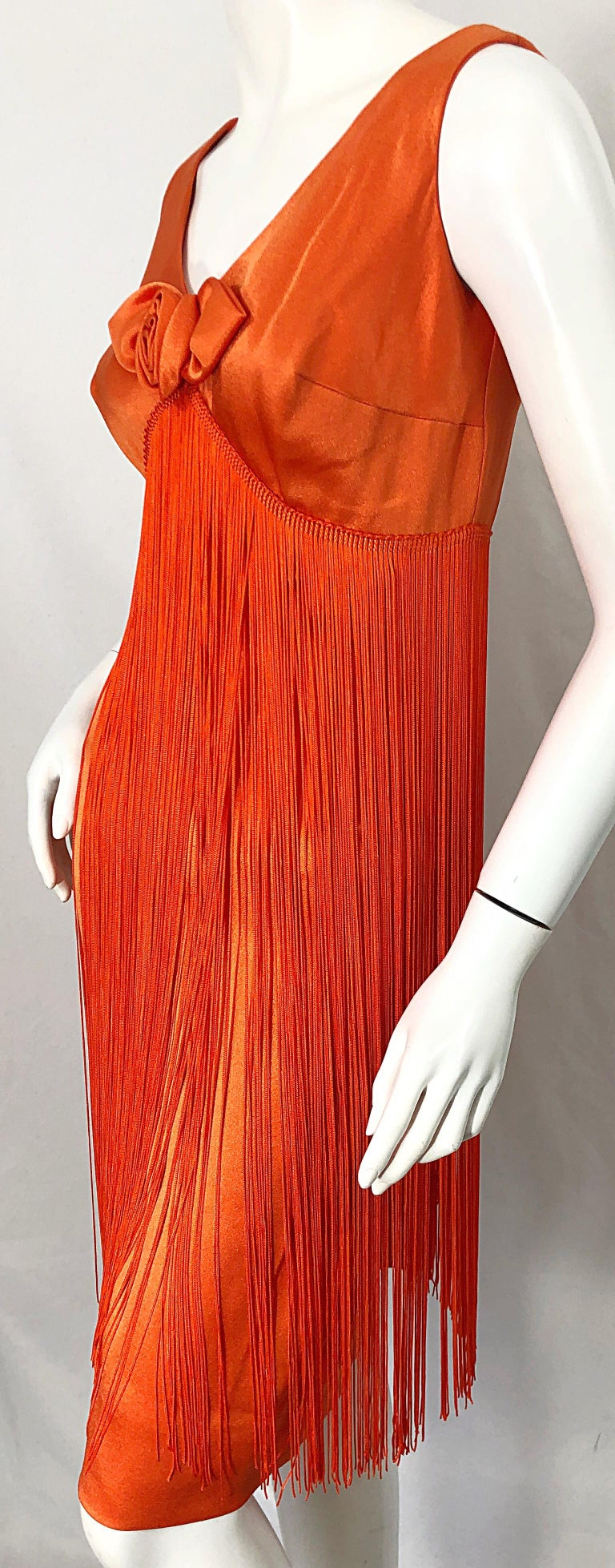 1960s Joseph Magnin Neon Orange Fully Fringed Vintage 60s Flapper Dress In Excellent Condition For Sale In Chicago, IL
