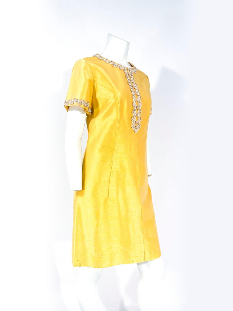 1960s Joseph Magnin Yellow-Gold A-line Dress In Good Condition For Sale In San Francisco, CA