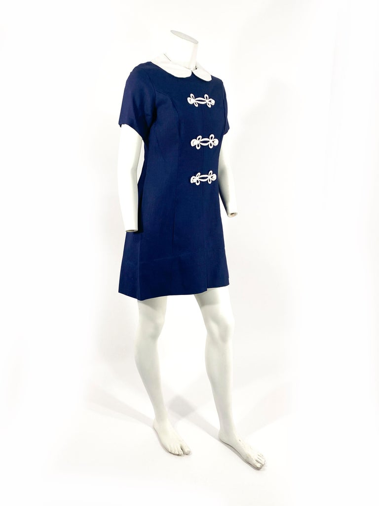 1960s Lanz Navy and White Mini Shift Dress In Good Condition For Sale In San Francisco, CA