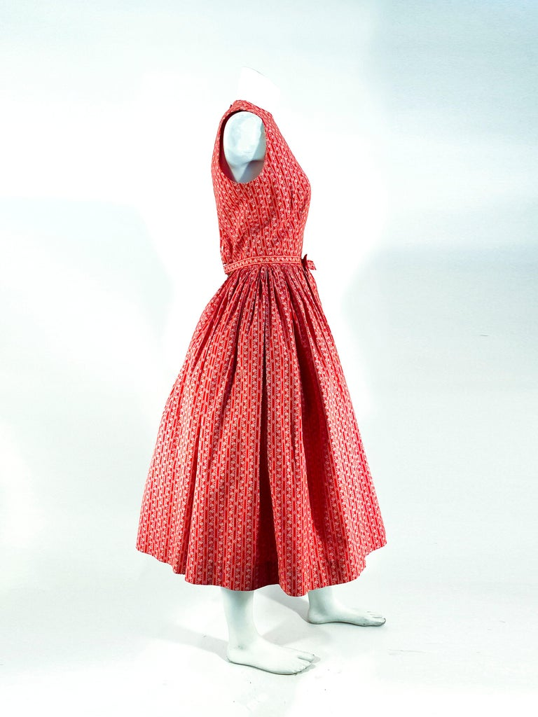1960s Lanz Red Heart Calico Printed Cotton Dress For Sale 2
