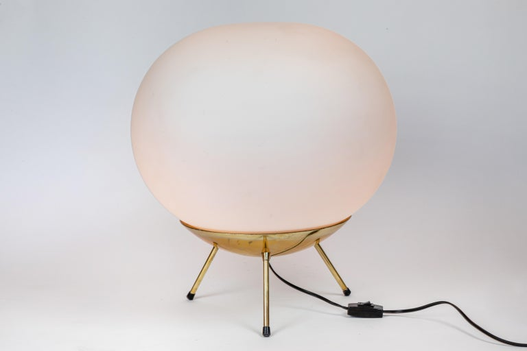 Mid-Century Modern Large 1960s Glass and Brass Tripod Floor or Table Lamp Attributed to Stilnovo For Sale