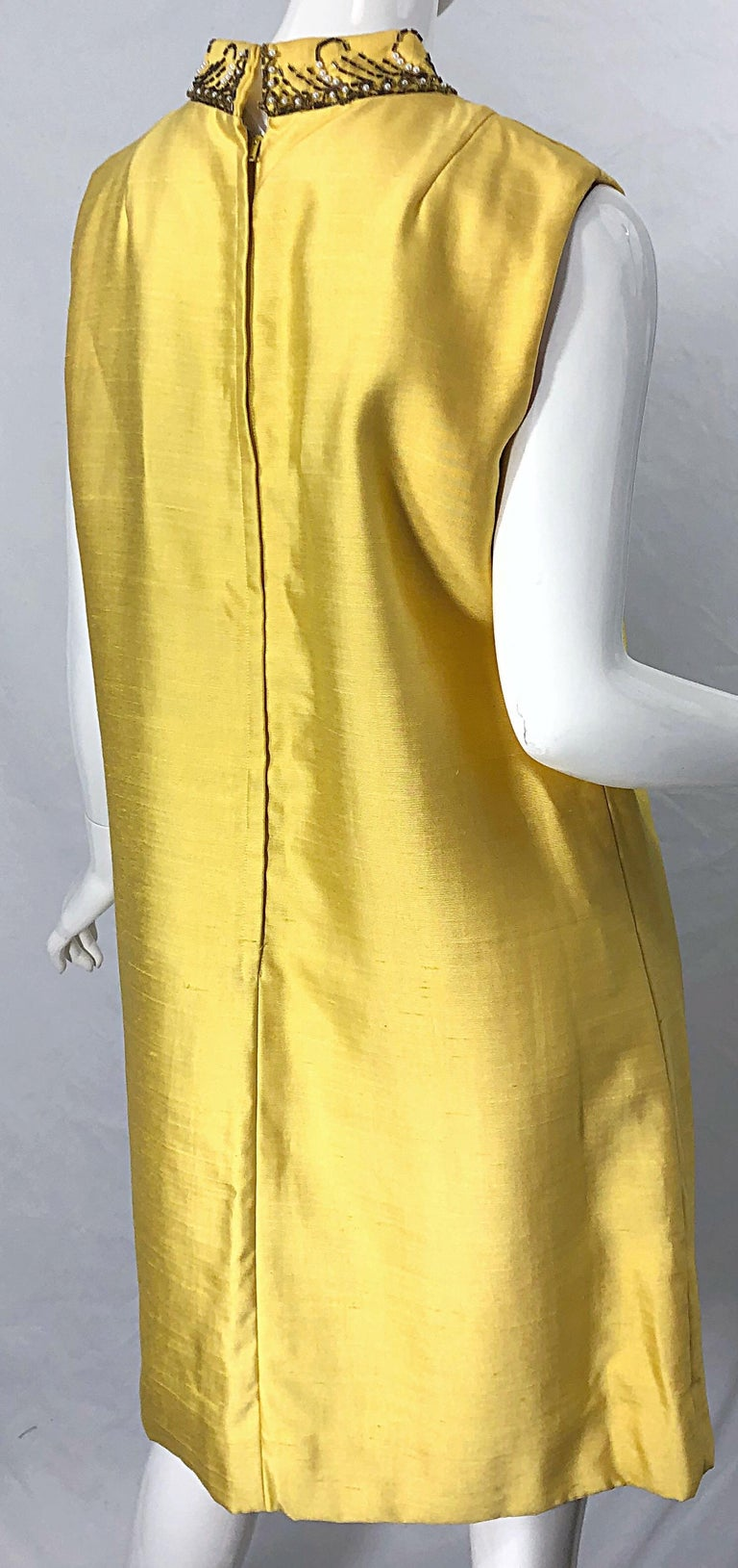 1960s Large size Yellow Beaded Rhinestone Silk Shantung Vintage 60s Shift Dress For Sale 6