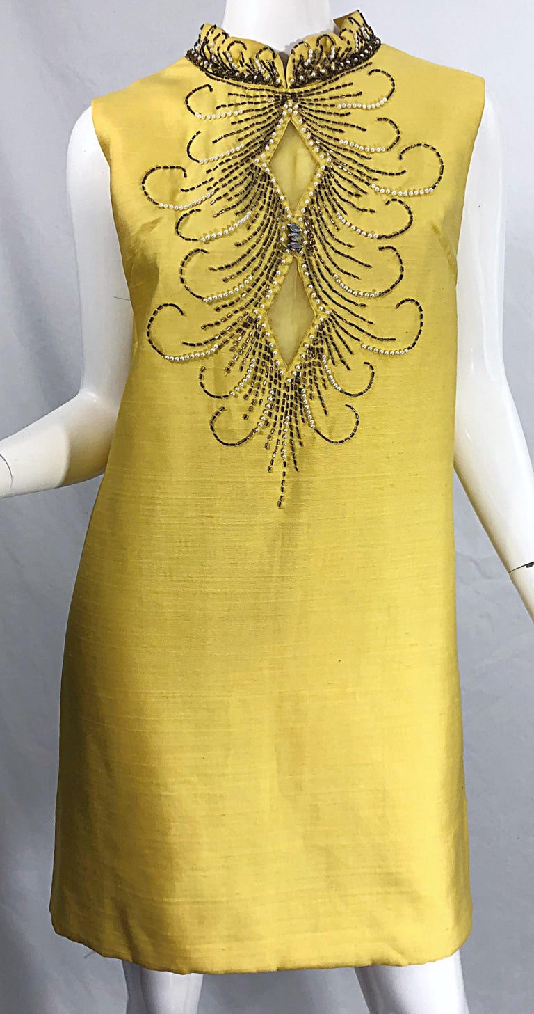 1960s Large size Yellow Beaded Rhinestone Silk Shantung Vintage 60s Shift Dress For Sale 8