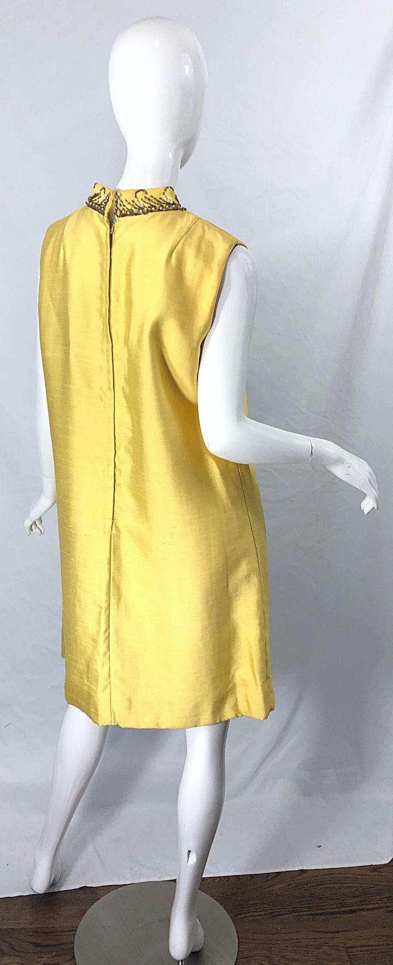 Women's 1960s Large size Yellow Beaded Rhinestone Silk Shantung Vintage 60s Shift Dress For Sale