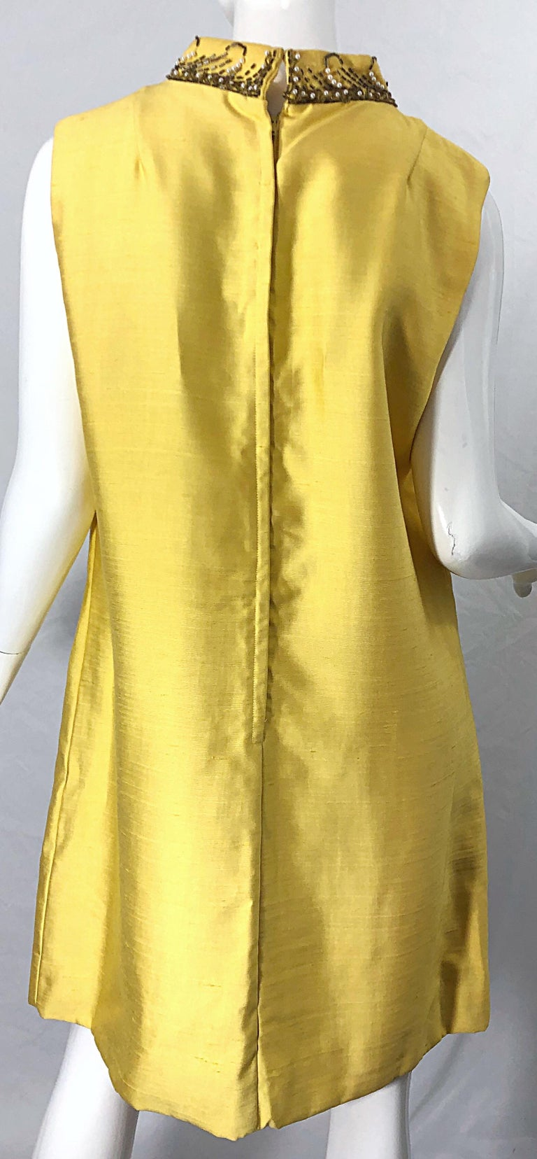 1960s Large size Yellow Beaded Rhinestone Silk Shantung Vintage 60s Shift Dress For Sale 3