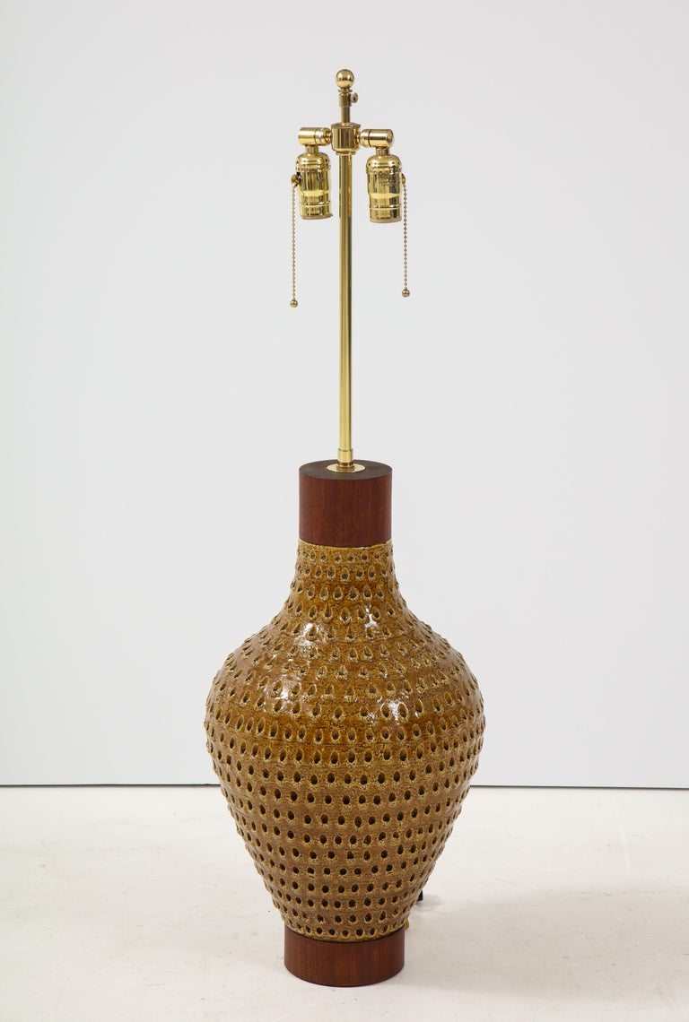 1960s Large Table Lamp by Raymor For Sale 4