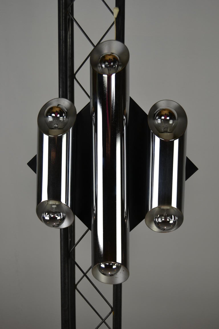1960s Large Tubular Metal Wall Scone, Chromed Tubes on Black Lacquered Base For Sale 6
