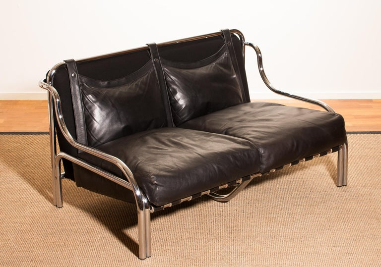 1960s, Leather and Chrome Lounge Sofa by Gae Aulenti for Poltronova For Sale 1