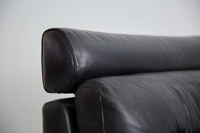 1960s Leather Armchair with Rosewood For Sale 2