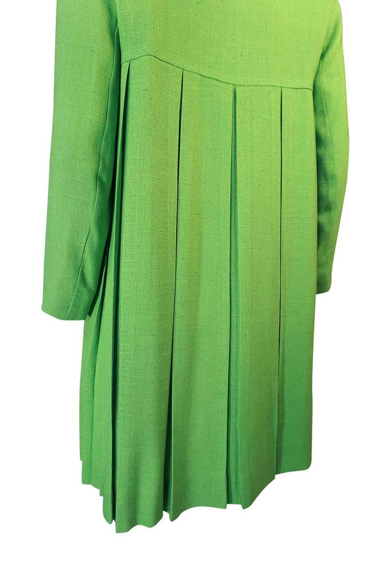 1960s Lee Parker Original Pleated baby Doll Lime Green Coat For Sale 1