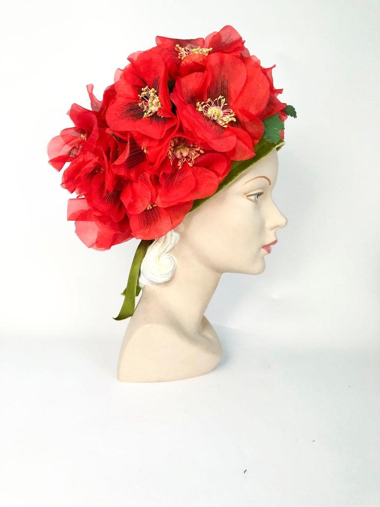Beige 1960s Leslie James High-Fashion Floral Hat For Sale