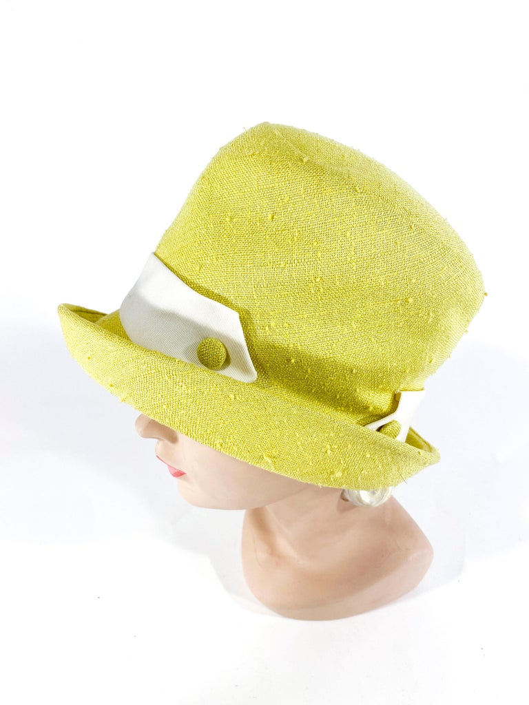 1960s Lilly Dache Green/Yellow Linen Hat In Good Condition For Sale In San Francisco, CA
