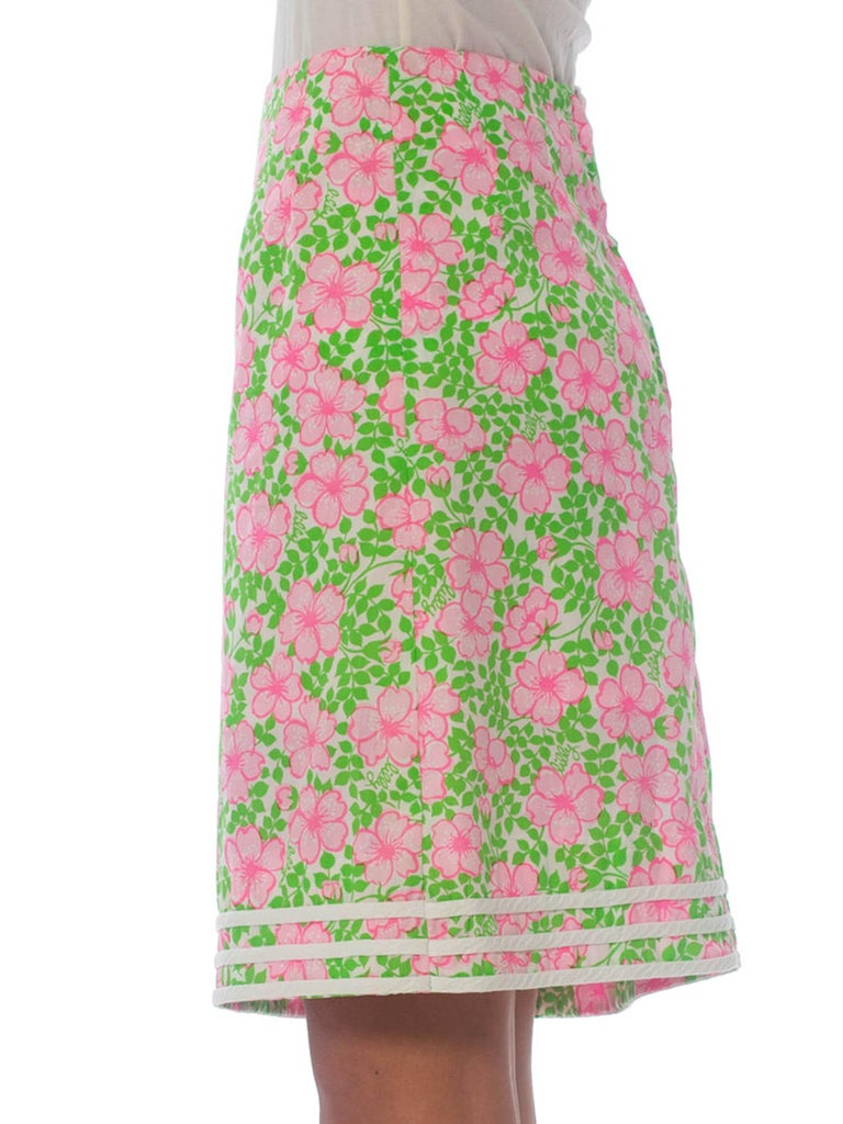 Women's 1960S LILLY PULITZER Pink  & Green Cotton Floral Mini Skirt For Sale