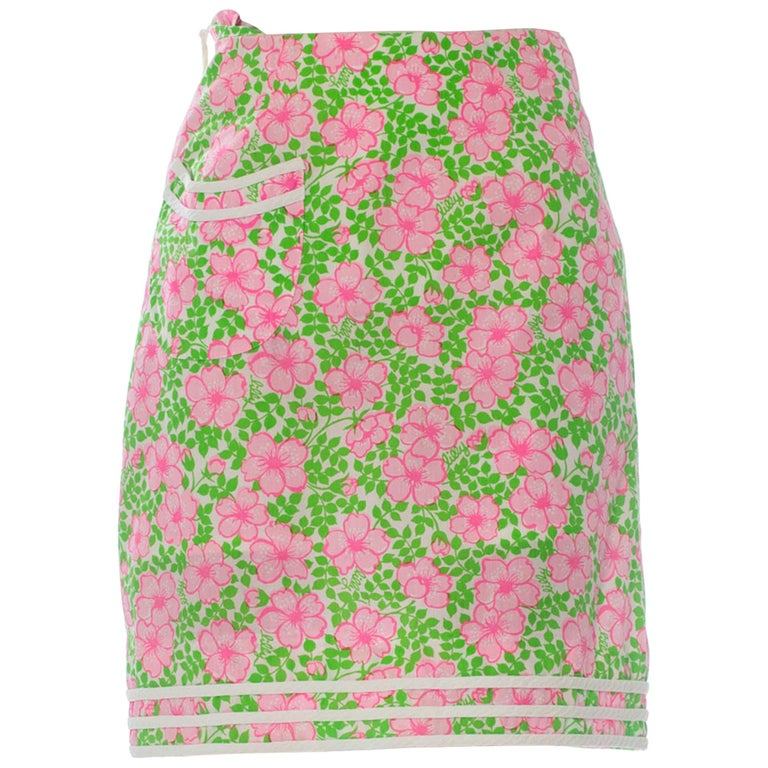 1960S LILLY PULITZER Pink  & Green Cotton Floral Mini Skirt For Sale