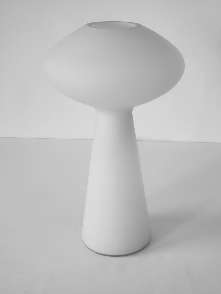 1960s Lisa Johansson-Pape Matte Opale Glass Table Lamp, Finland For Sale 3