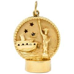 1960s Litacharm Inc. Vintage 14 Karat Gold New York Charm