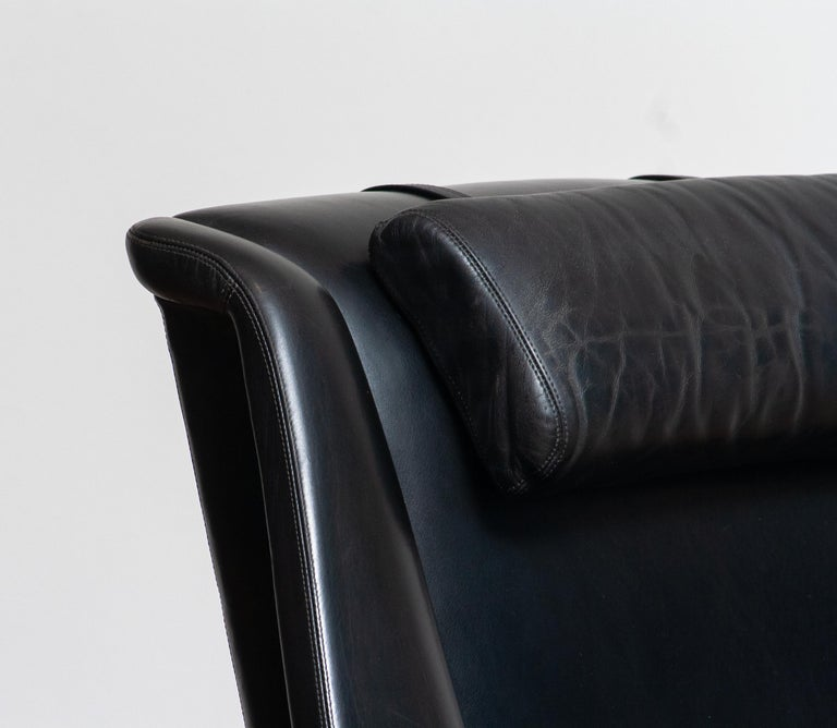 Swedish 1960s, Lounge Chair 'Profil' by Folke Ohlsson for DUX in Black Leather and Teak