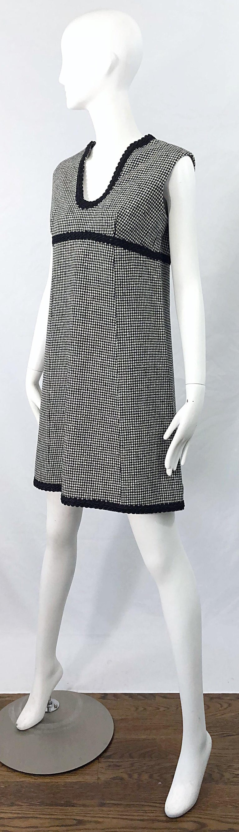 1960s Mamselle by Betty Carol Black and White Houndstooth Wool 60s A Line Dress For Sale 1