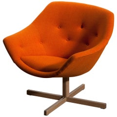 1960s, 'Mandarini' Swivel Armchair by Carl Gustaf Hiort and Nanna Ditzel 1