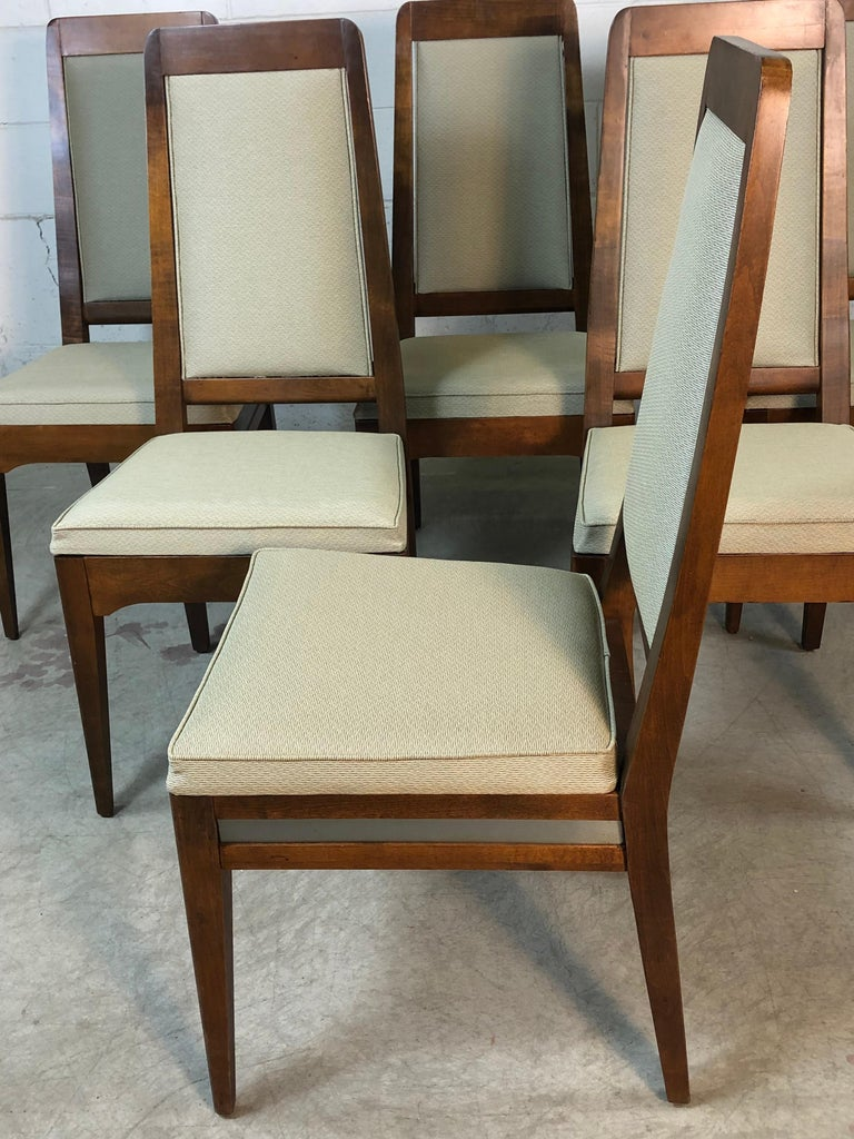 1960s Maple High Back Dining Chairs, Set of 6 In Good Condition For Sale In Amherst, NH