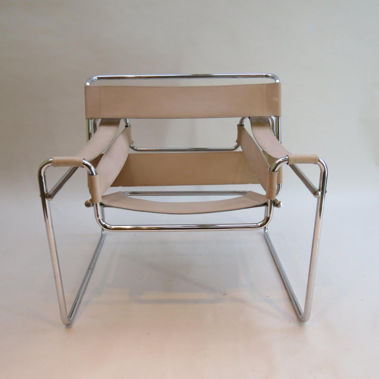 Bauhaus 1960s Marcel Breuer B3 Wassily Chair by Gavina, Italy For Sale