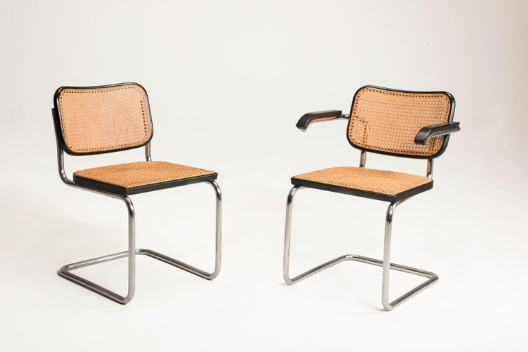 Bauhaus 1960s Marcel Breuer for Gavina Woven Straw Steel Tubular Black Chairs, Set of 8 For Sale
