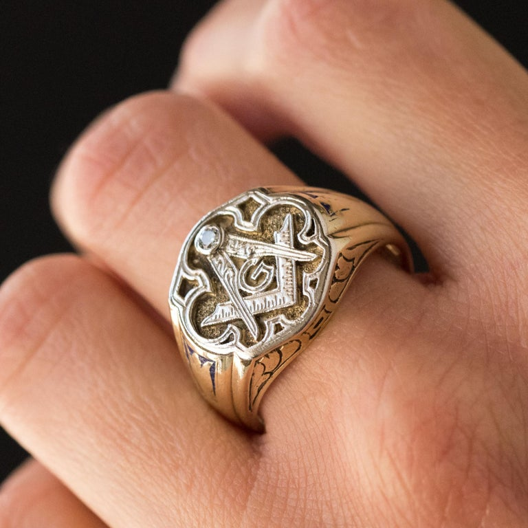 1960s Masonic Yellow Gold Platinum Signet Man Ring For Sale 7