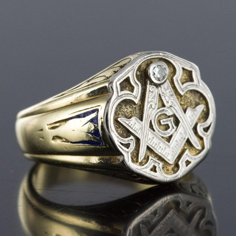 1960s Masonic Yellow Gold Platinum Signet Man Ring For Sale 8