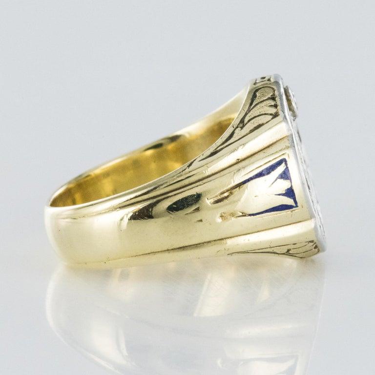 1960s Masonic Yellow Gold Platinum Signet Man Ring For Sale 1