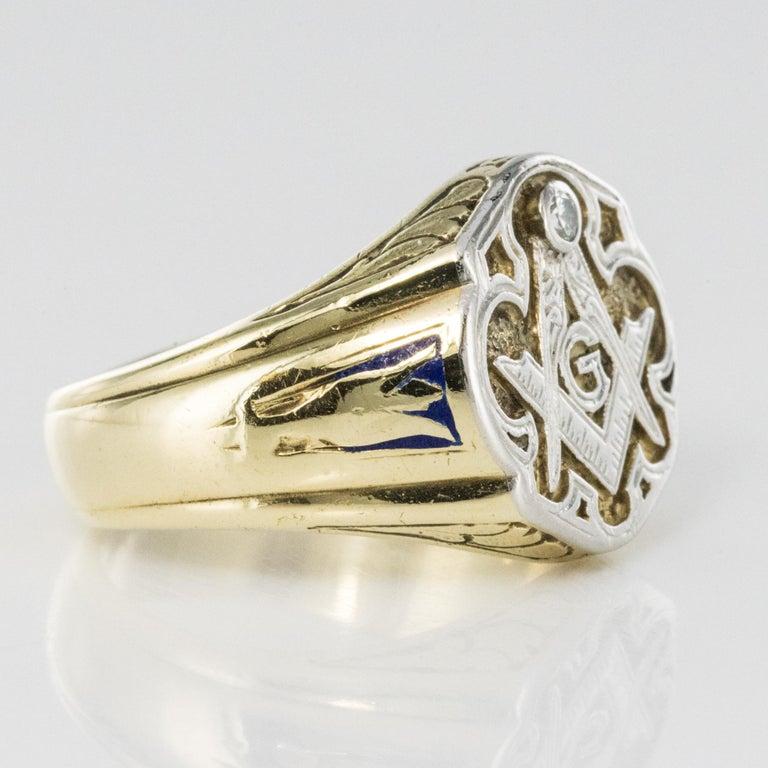 1960s Masonic Yellow Gold Platinum Signet Man Ring For Sale 2