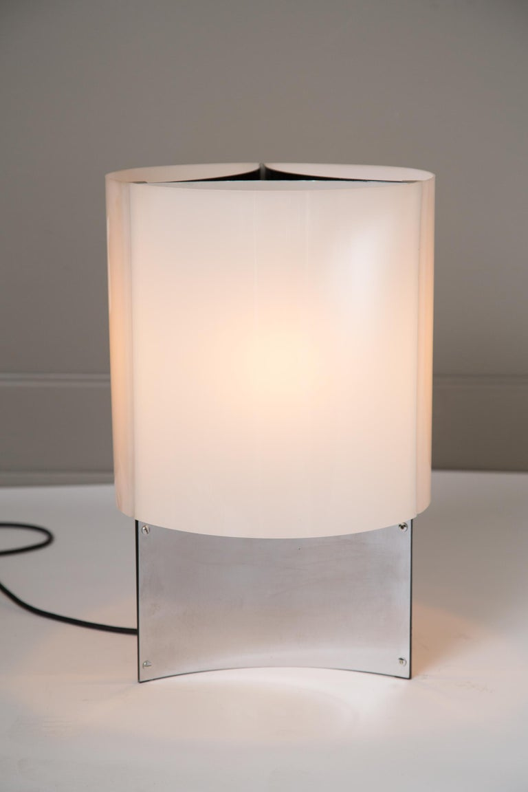 Mid-20th Century 1960s Massimo Vignelli Model 526/g Table or Floor Lamp for Arteluce For Sale