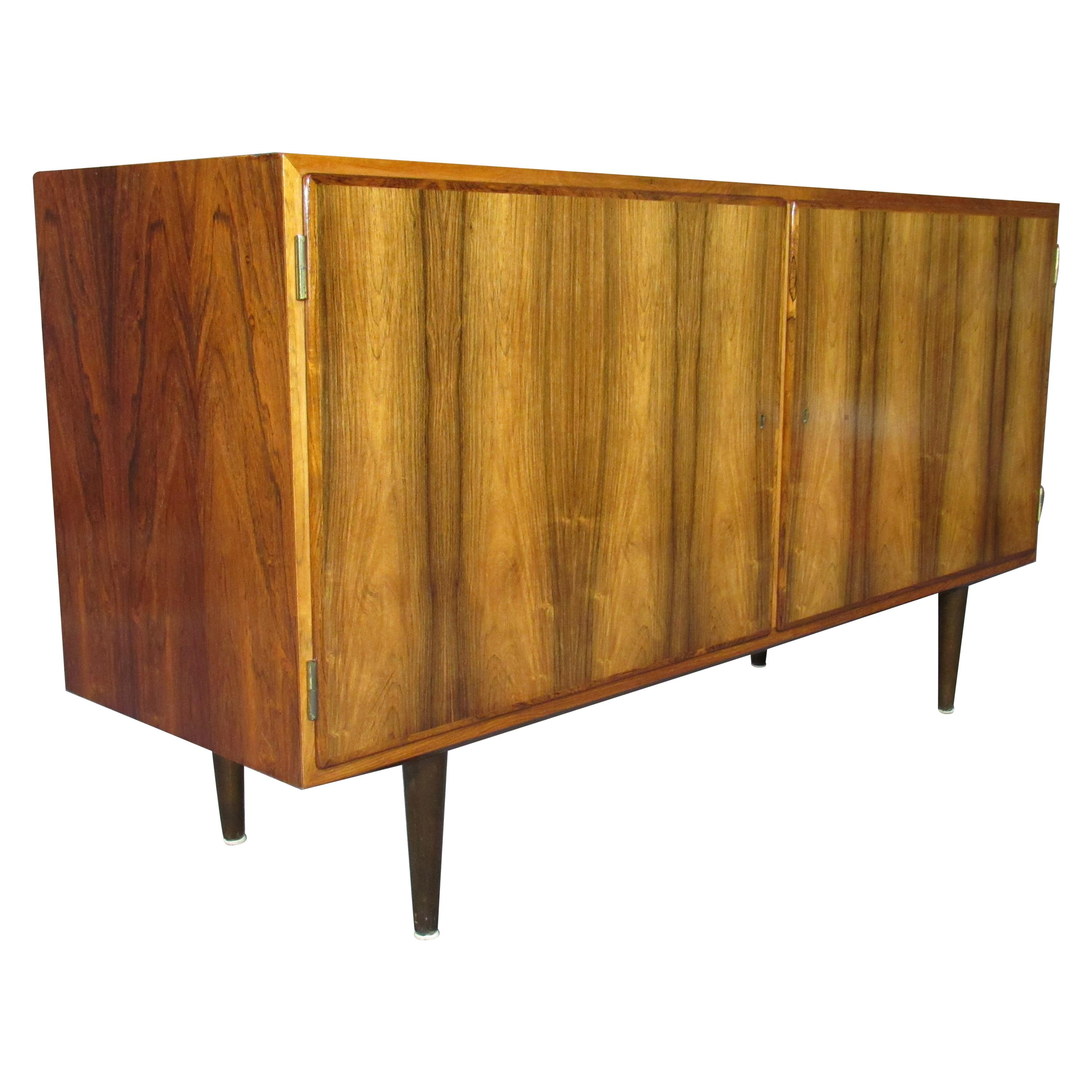1960s Midcentury Danish Modern Rosewood Credenza Sideboard by Poul Hundevad