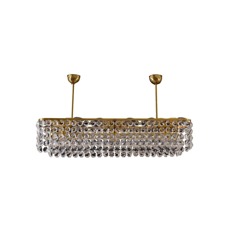 Hand-Crafted Large square Mid-Century Modern Crystal Chandelier 15 flames - Re Edition For Sale